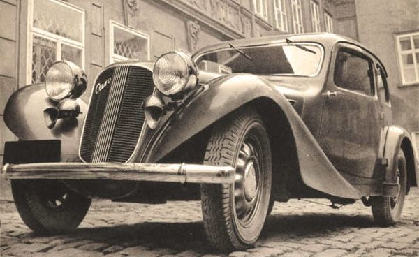 Náhradní díly pro historická vozidla